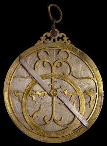 imagen del astrolabio